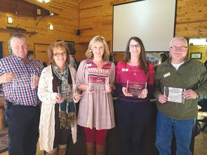 Chamber honors board members.jpg