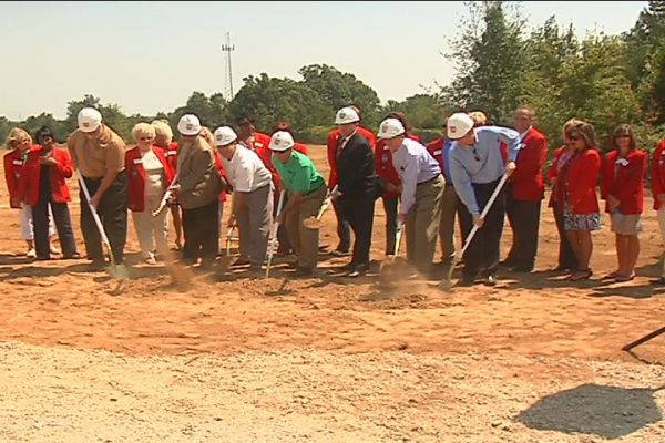 Ritter breaks ground.jpg