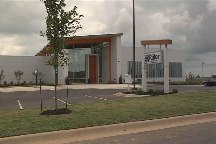 Ritter opens green building.jpg